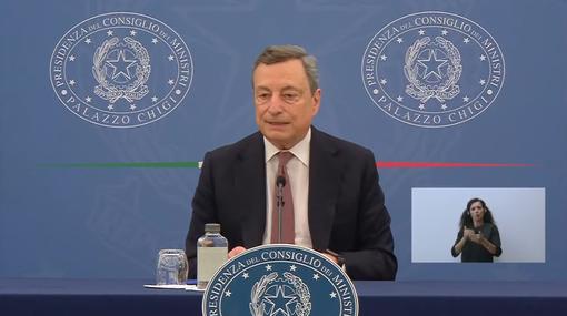 Il premier Mario Draghi in conferenza stampa