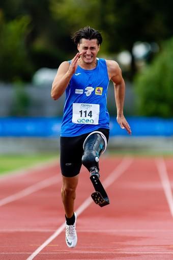 Grugliasco festeggia Alessandro Ossola, primo ai Campionati italiani paralimpici