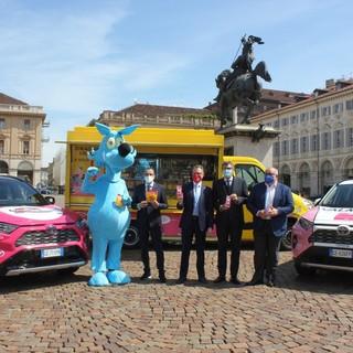 """Il Giro d'Italia parte da Torino, Cirio: """"Che sia una festa sicura, senza assembramenti"""" (FOTO e VIDEO)"""