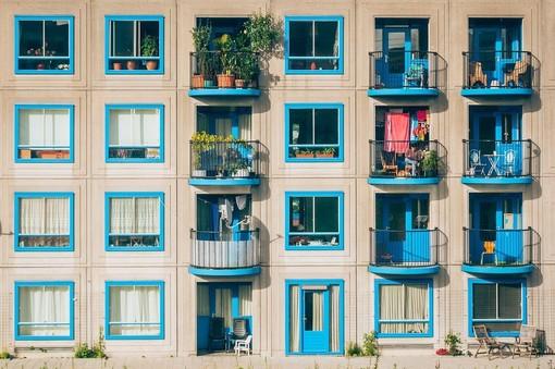 Balconi e manutenzione: come si ripartiscono le spese