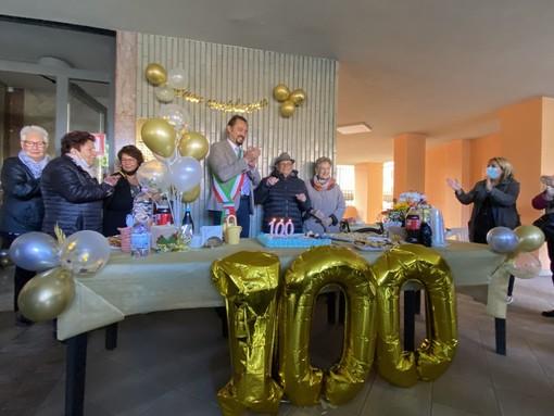 festa per i cento anni di età