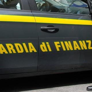 Giocattoli di Carnevale pericolosi: sequestrati a Grugliasco oltre 160 mila articoli