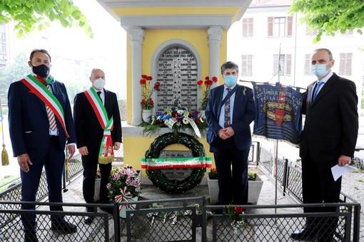 cerimonia con sindaci e istituzioni a Grugliasco