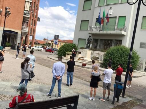 """""""Black lives matter"""": il movimento organizza il flash mob a Grugliasco"""