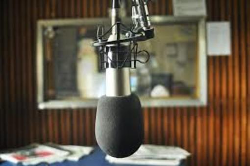 microfono per trasmissioni radio