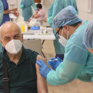 Vaccini, oggi in Piemonte oltre 42mila somministrazioni