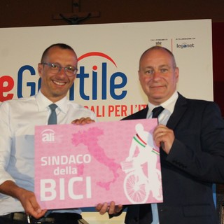 Collegno e Pesaro, due città unite nel segno della bicicletta