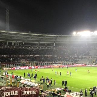 Coronavirus, Torino ferma tutto lo sport: rinviata la gara tra granata e Parma. Si valuta sul Carnevale di Ivrea. Il basket gioca