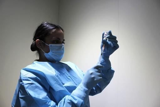 vaccino anti covid - foto d'archivio
